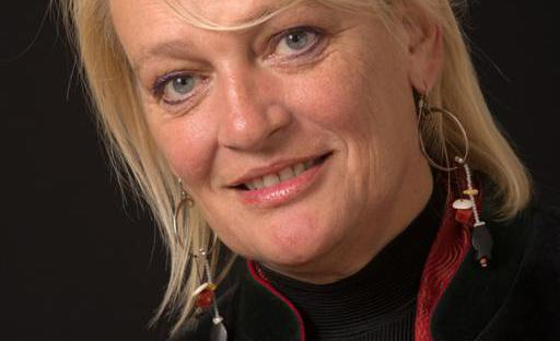 Martine Mergen (Medium)